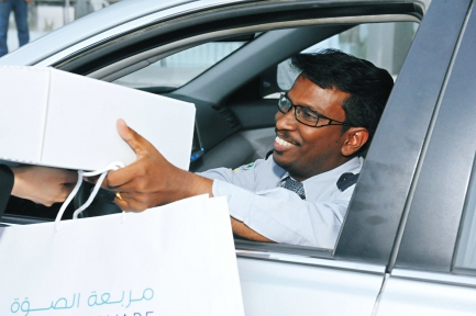 Sowwah Square Iftar helps educate Taxi Drivers about Abu Dhabi's new CBD