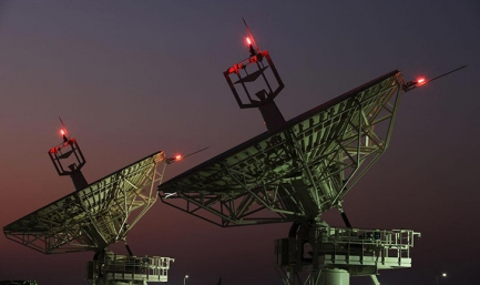 Yahsat Enters Into an Agreement With Astrium and Boeing